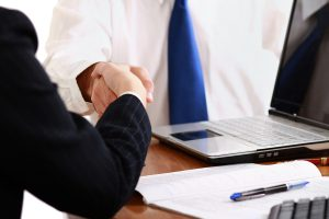 Difference Between UCC Contracts and Common Law Contracts